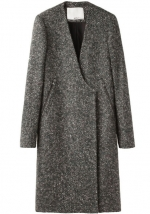 Serenas grey coat at Lagarconne