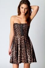 Leopard print dress with zip like Zoes at Boohoo