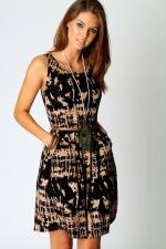 Printed dress like Zoe Harts at Boohoo