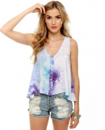 Cute tie dye top at Lulus