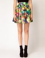 Patterned skirt like Hannas at Asos