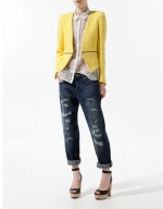 Hanna's yellow blazer at Zara