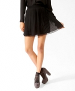 Black pleated skirt like Zoes at Forever 21