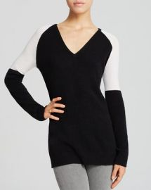 AQUA Cashmere Sweater - Colorblock V-Neck at Bloomingdales
