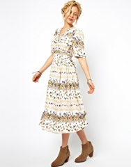 ASOS  ASOS Midi Dress In Vintage Floral Print at Asos