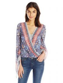 Amazon com  BCBGMAXAZRIA Women  39 s Kasia Hankerchief Sleeve Top  Clothing at Amazon