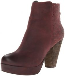 Amazoncom Steve Madden Womenand39s Roadruna Boot Shoes in wine at Amazon