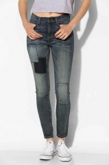 BDG Twig Patch Jeans at Urban Outfitters