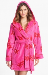Betsey Johnson XOXO Plush Robe in Pink at Nordstrom