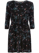 Black floral dress from Dorothy Perkins at Dorothy Perkins