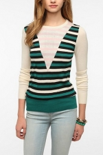Jane Intarsia Knit Pullover at Urban Outfitters