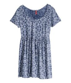 Crinkled floral dress in paisley blue at H&M