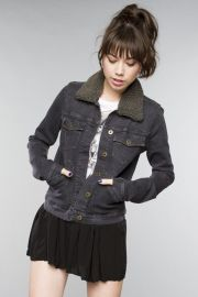 Denim jacket with removable collar at Brandy Melville