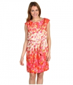 Dress with similar colors at 6pm