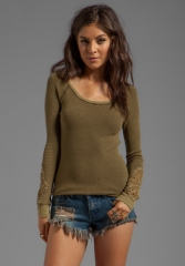 FREE PEOPLE Synergy Cuff Thermal in Army Green at Revolve