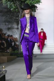 Fall 2016 Collection by Ralph Lauren  at Vogue