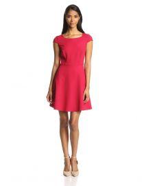 French Connection Womenand39s Classic Whisper Ruth Cap-Sleeve Fit-and-Flare Dress i nred at Amazon