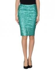 WornOnTV: Mindy's white and navy baseball tee, green sequin skirt ...