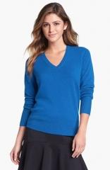 Halogen V-Neck Cashmere Sweater in blue at Nordstrom