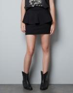 Hanna's black peplum skirt at Zara