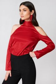 High Neck Cold Shoulder Blouse at NA-KD
