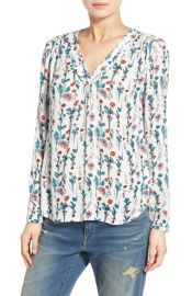 Hinge Print V-Neck Top in Ivory Sketched Floral at Nordstrom