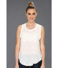 Iza dot top by Patterson J Kincaid at 6pm