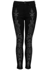 Moto craft embellished leigh jeans at Topshop
