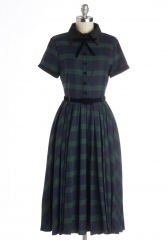 Muse Your Instincts Dress in Plaid Pine at ModCloth