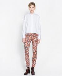Printed trousers at Zara