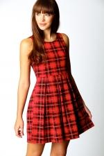 Red check dress like Emmas at Boohoo