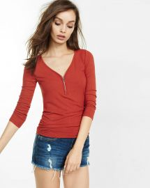 Ribbed zip three quarter sleeve tee at Express