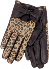 Sardi Gloves at Aldo