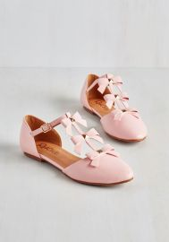 See it to Bow-lieve It Flat in Pink at ModCloth