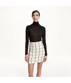 Short Skirt at H&M