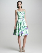 Similar dress by Oscar de la Renta at Neiman Marcus