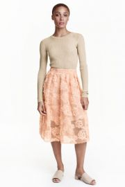 Skirt with chiffon flowers at H&M
