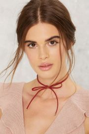 So Gifted Bow Choker at Nasty Gal