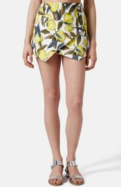 Topshop Lemon Print Pointed Hem Skort at Nordstrom