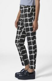 Topshop Windowpane Print Crepe Cigarette Pants at Nordstrom