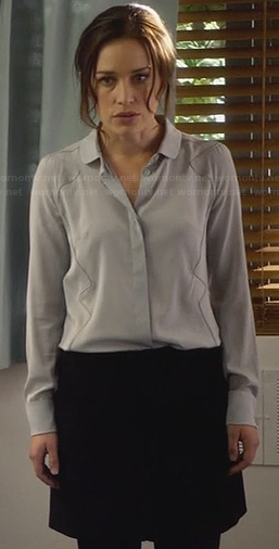 Annie's grey seamed blouse on Covert Affairs